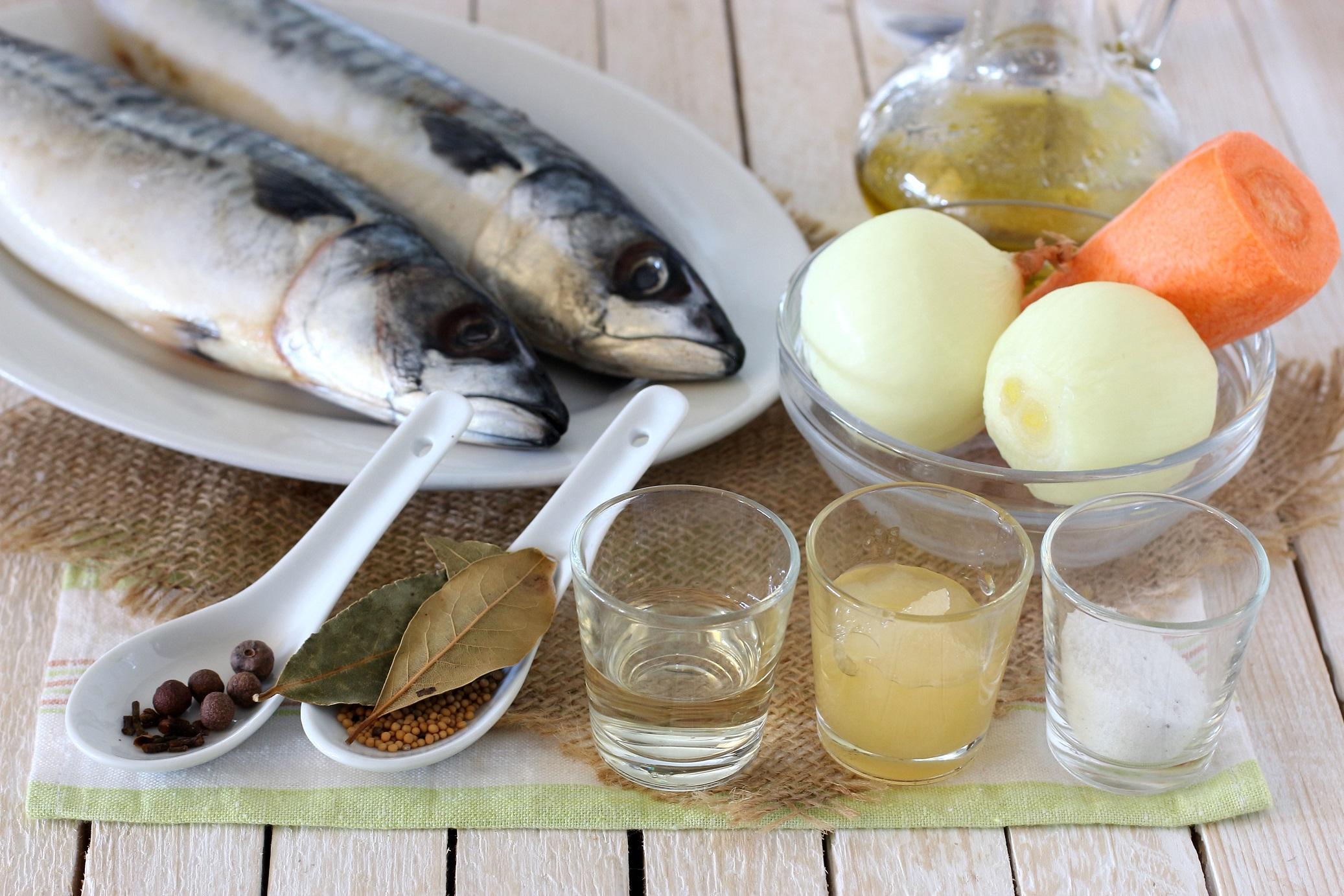 093d3d39c488 Скумбрия соленая в домашних условиях очень вкусная — 10 рецептов
