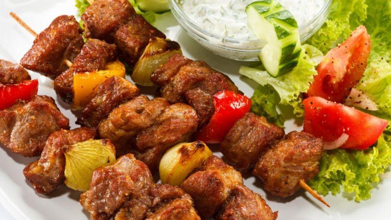 Шашлык на кефире из свинины — 7 рецептов