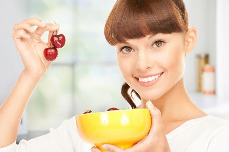 Чем полезна черешня для организма женщины