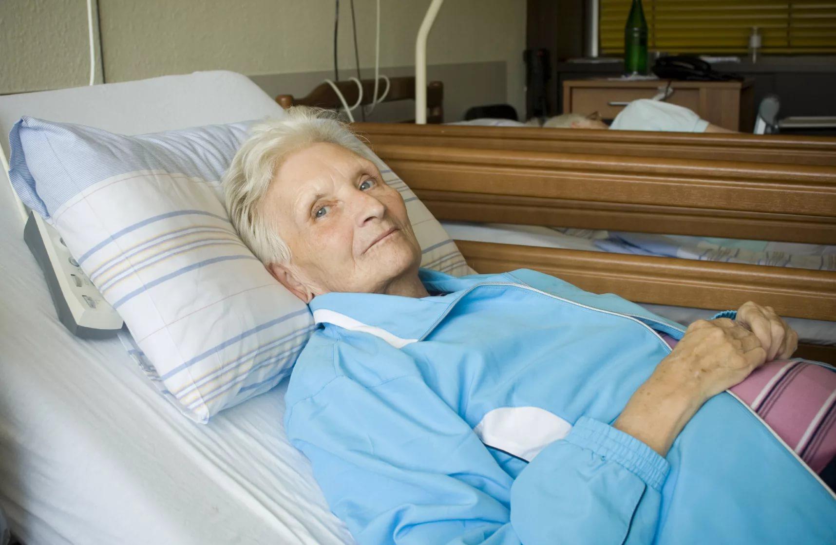 Чем лечить пролежни у лежачих больных в домашних условиях?