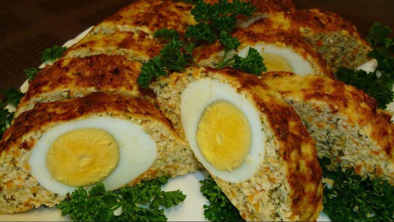 рецепты рулета из куриного фарша с яйцом в духовке