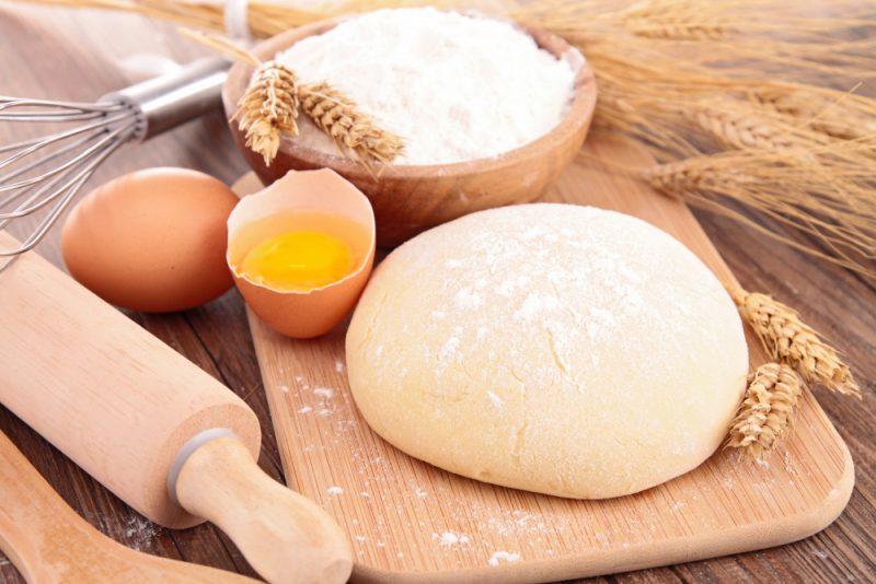 Тесто на кефире для пирога - 6 рецептов приготовления
