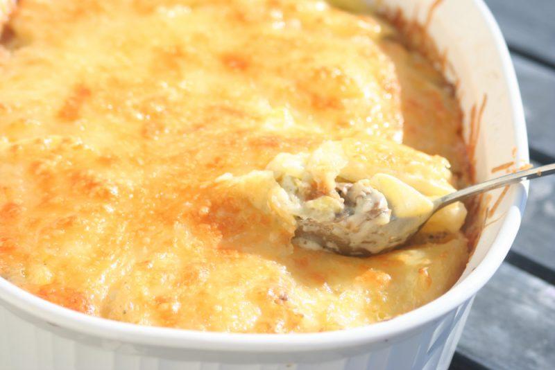 Картошка с фаршем в духовке - 9 рецептов запекания