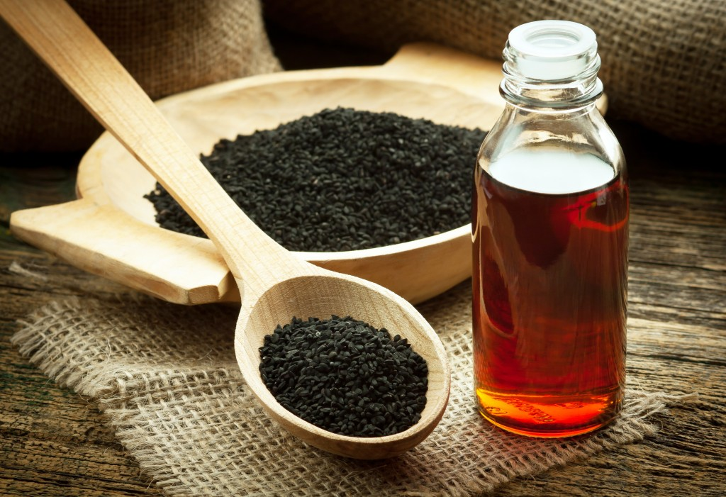 Чем полезно масло черного тмина для волос и для лица? Рецепты масок для лица от прыщей, морщин и от выпадения волос