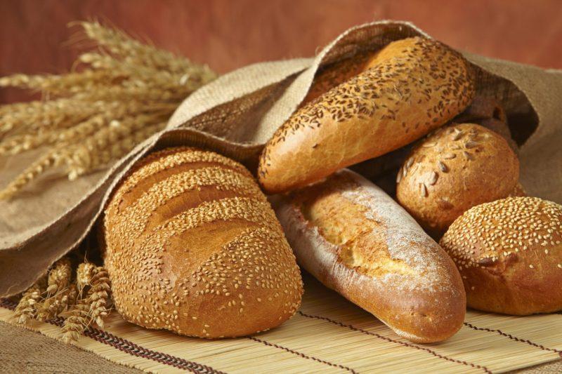 Снится что кушаю хлеб особенности толкования по популярным сонникам