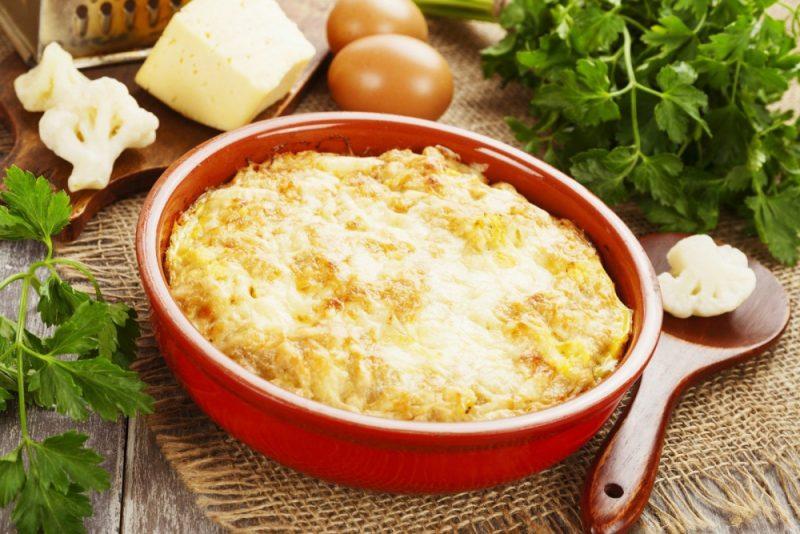 Цветная капуста, запеченная в духовке с сыром - 7 рецептов