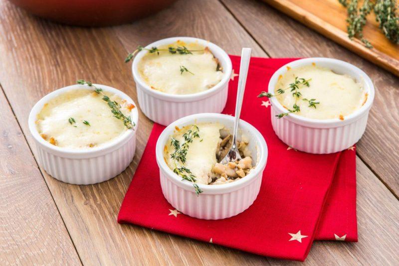 Жульен с грибами и курицей – 8 рецептов приготовления