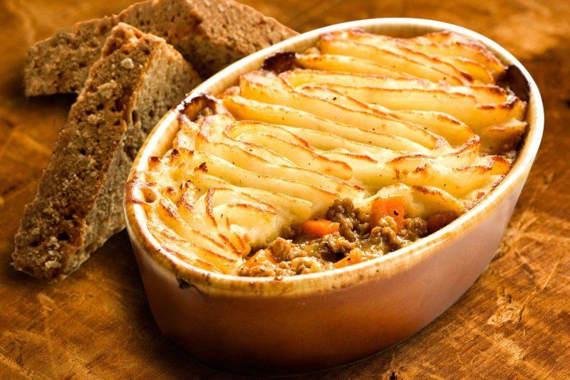 Пирог с картошкой – 11 рецептов вкусного приготовления