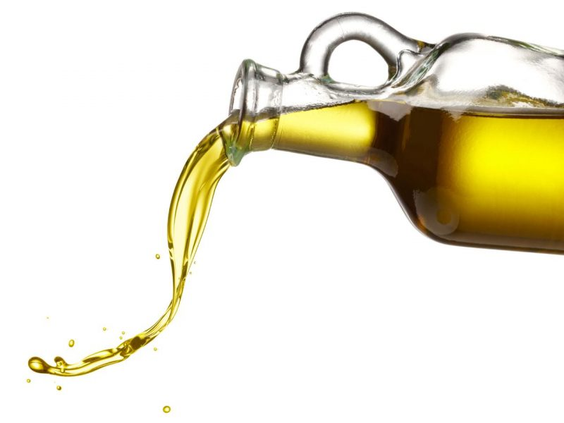 Рыжиковое масло: полезные свойства и противопоказания