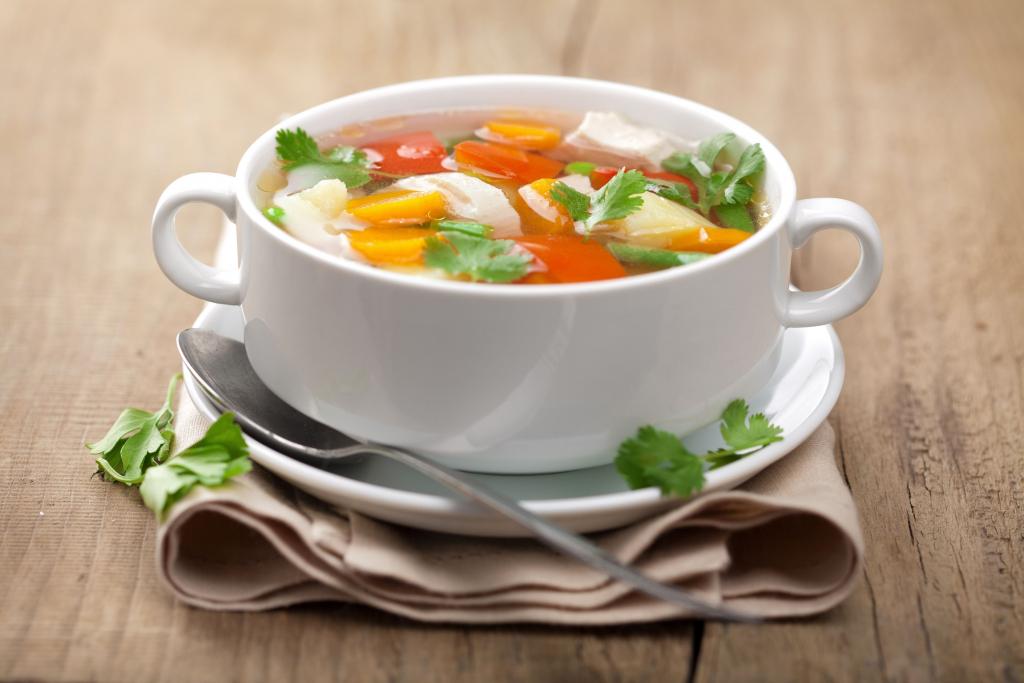 Как сварить диетический суп из овощей