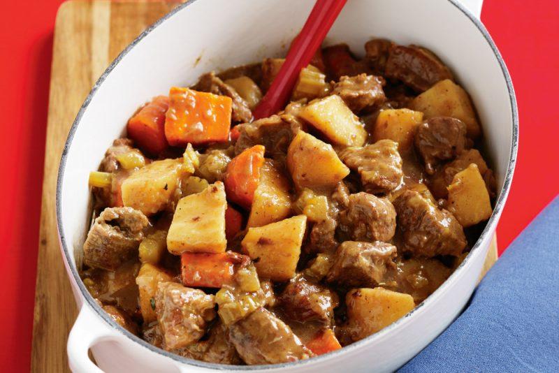 Тушеная картошка с мясом в мультиварке - 6 рецептов приготовления