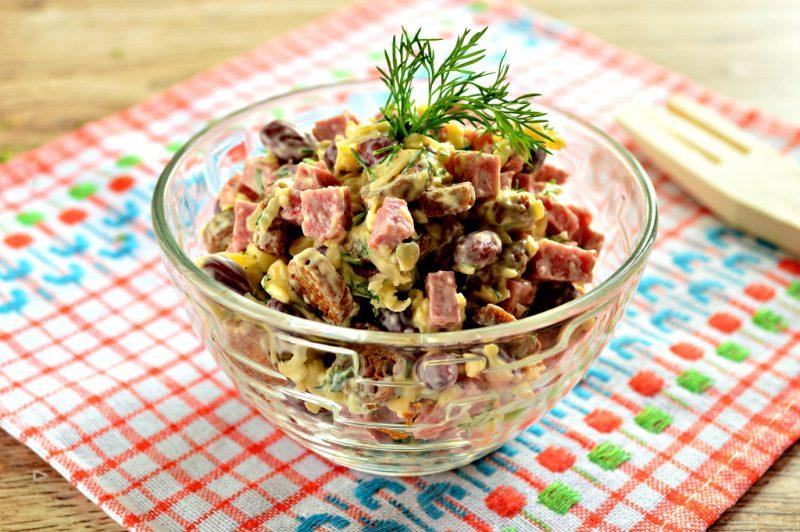 Салат из фасоли с сухариками - 9 рецептов приготовления