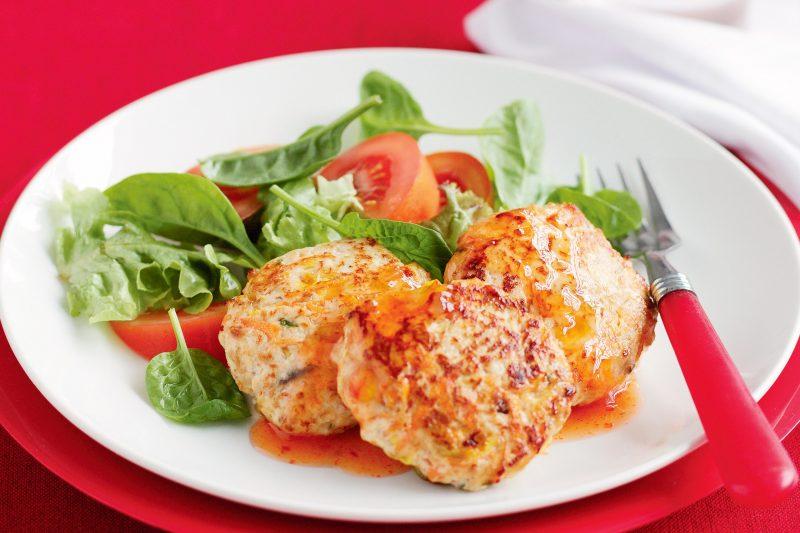 Котлеты из куриного фарша – 10 рецептов вкусных и сочных котлет