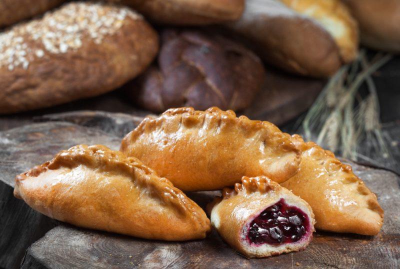 Пирожки в духовке - 10 рецептов