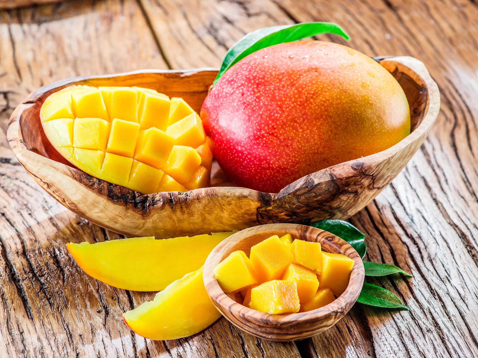 Польза и вред манго для организма женщин и мужчин — как его едят?