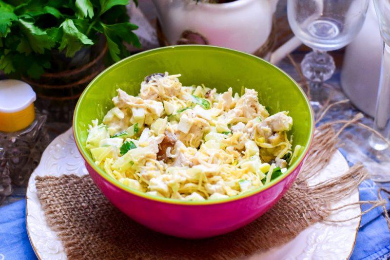 Салат с куриным филе - 13 вкусных рецептов приготовления