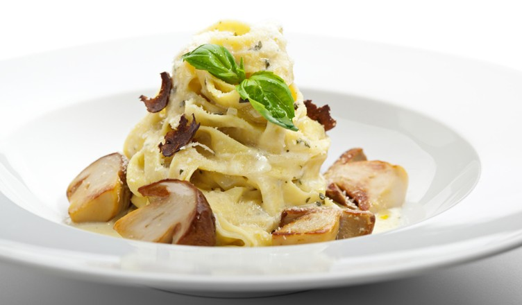 паста с белыми грибами без сливок
