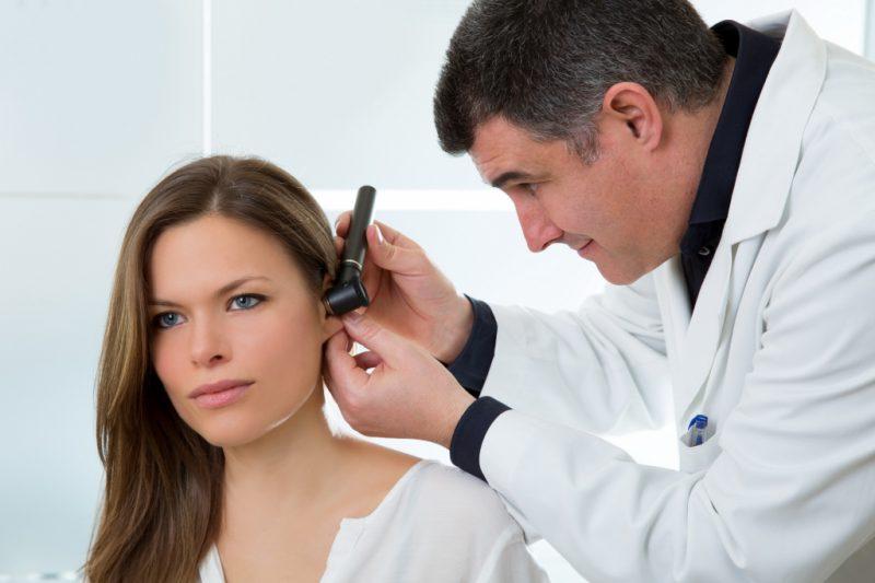 Шум в ушах: причины и лечение в домашних условиях