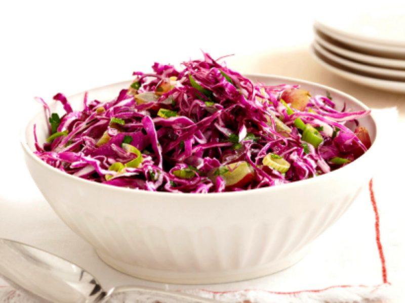 Салат из краснокочанной капусты — 8 простых рецептов приготовления