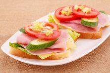Бутерброды на праздничный стол — 29 рецептов и идей на скорую руку