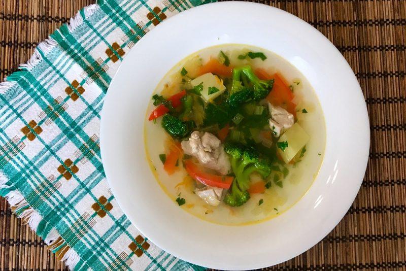 Суп с картошкой и брокколи
