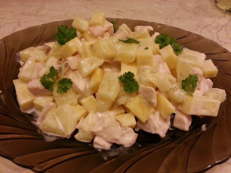 Салат с ананасом - 9 рецептов