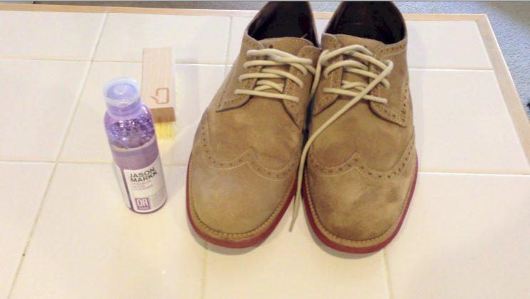 Вывести солевое пятно на замшевой обуви фото