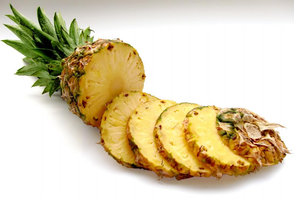 Как правильно чистить ананас ножом