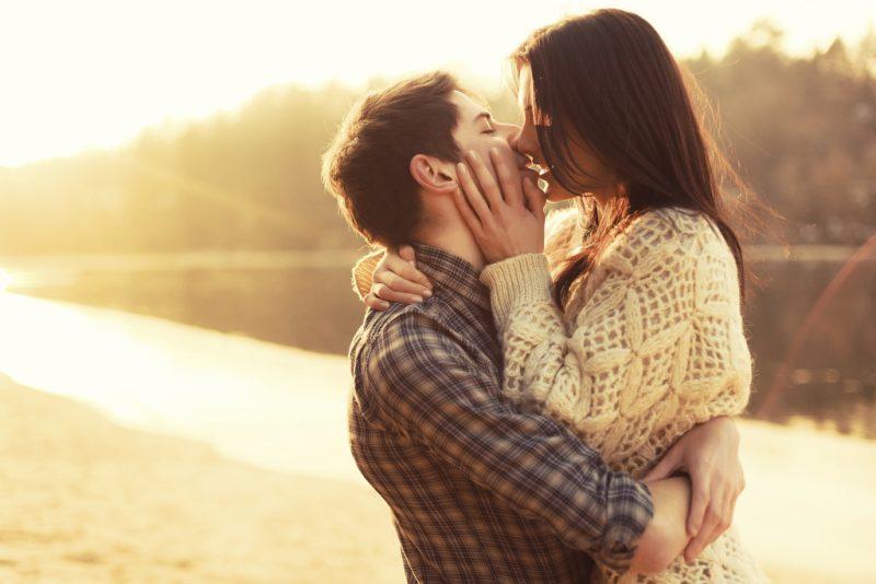 Сонник Поцелуй приснился к чему снится Поцелуй во сне видеть
