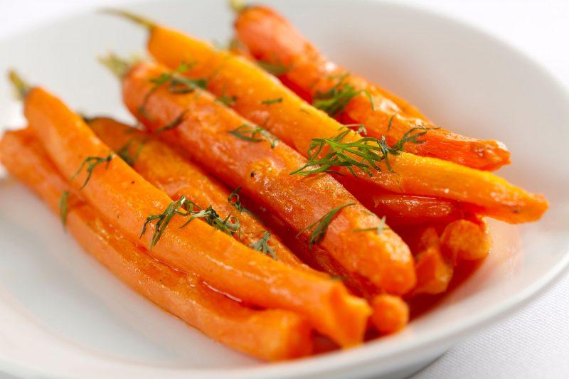 Морковь: польза и вред для организма человека
