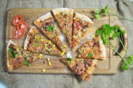 Пицца с фаршем и болгарским перцем - рецепт пошаговый с фото