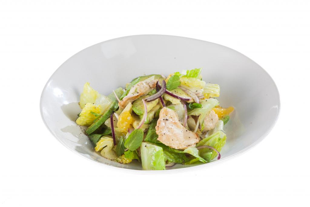 Салат с авокадо и курицей – 9 рецептов