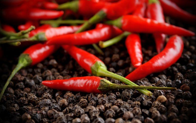 Перец Чили: польза и вред для здоровья — чем полезен?