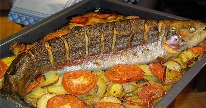 Рыба в духовке фото