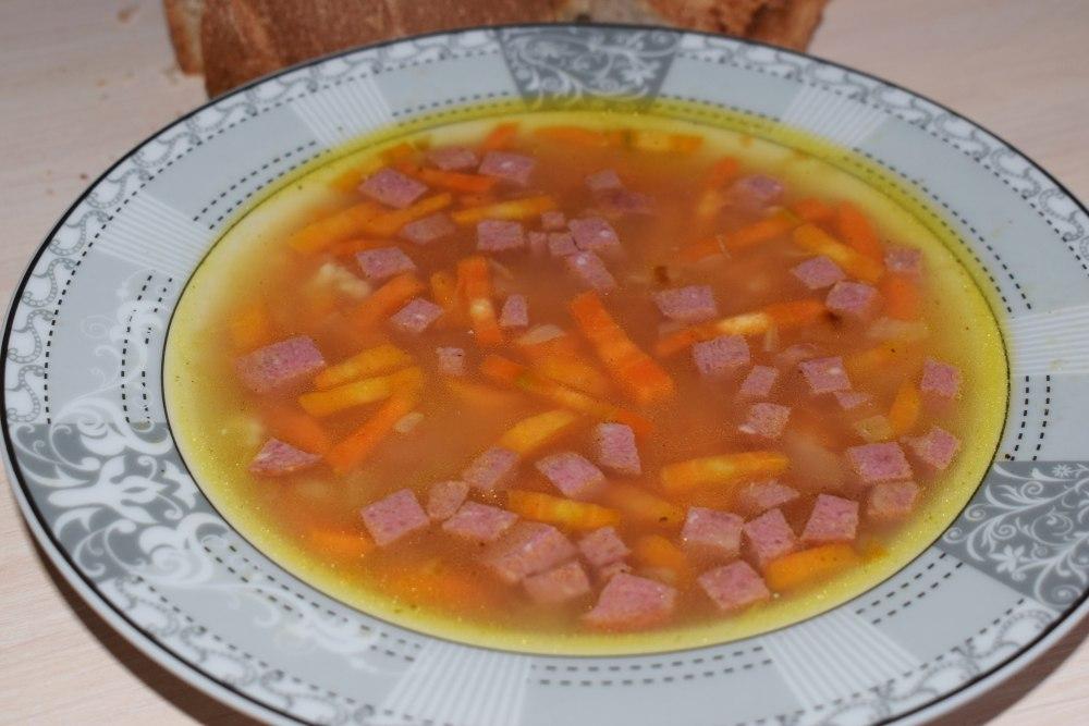 Колбасный суп с помидорами ♨