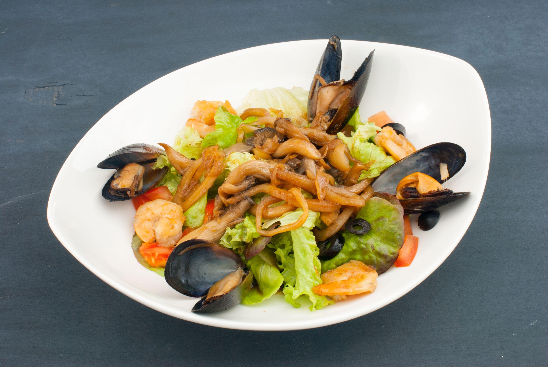 когда немец лучшие салаты из морепродуктов рецепты с фото реальных фотографий