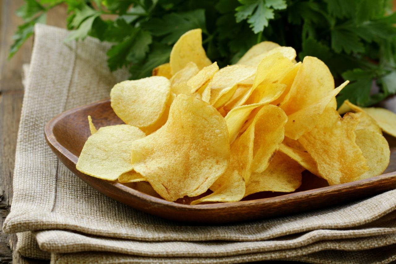 Как делают чипсы на заводе и как приготовить чипсы в домашних условиях – 9 рецептов
