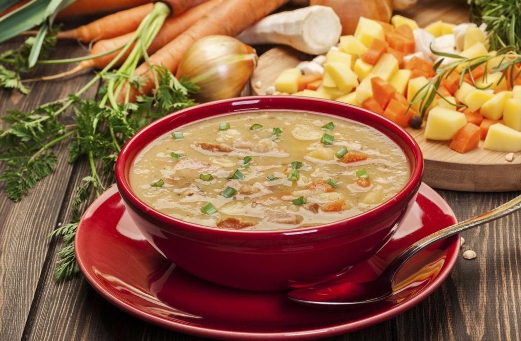 соляную гороховый суп рецепт со свининой с фото распространёнными являются два