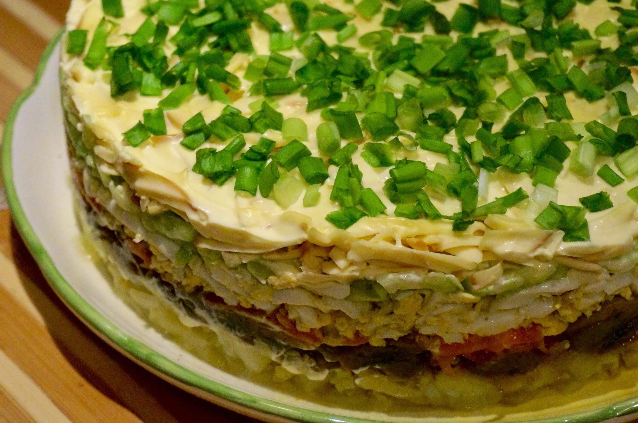 пользуются таким слоеные мясные салаты рецепты с фото сиена