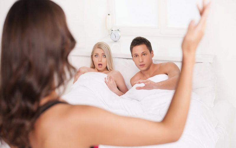 К чему снится измена жены?. К чему снится измена жены. В данном материале мы разберем, что значит увидеть во сне, как изменила жена.