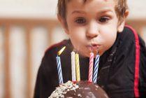Изображение - Короткое поздравление для мальчика с днем рождения 179321591-612x612-209x140