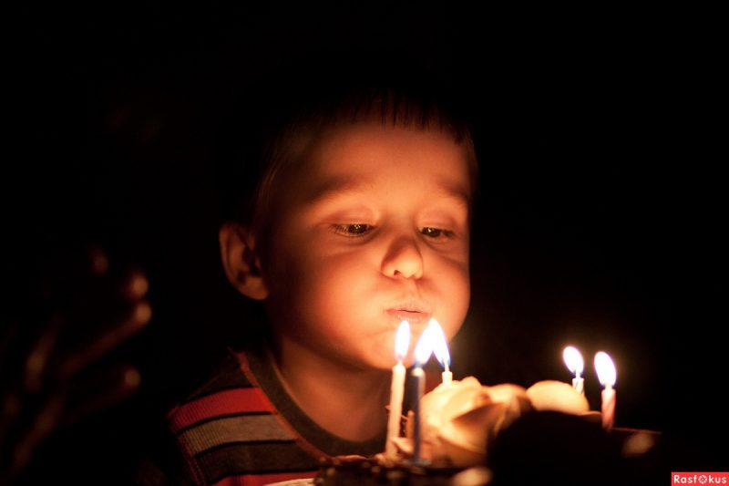 Изображение - Короткое поздравление для мальчика с днем рождения 39e7b8a0c272029ee7fc6e4ba015eaac-800x533