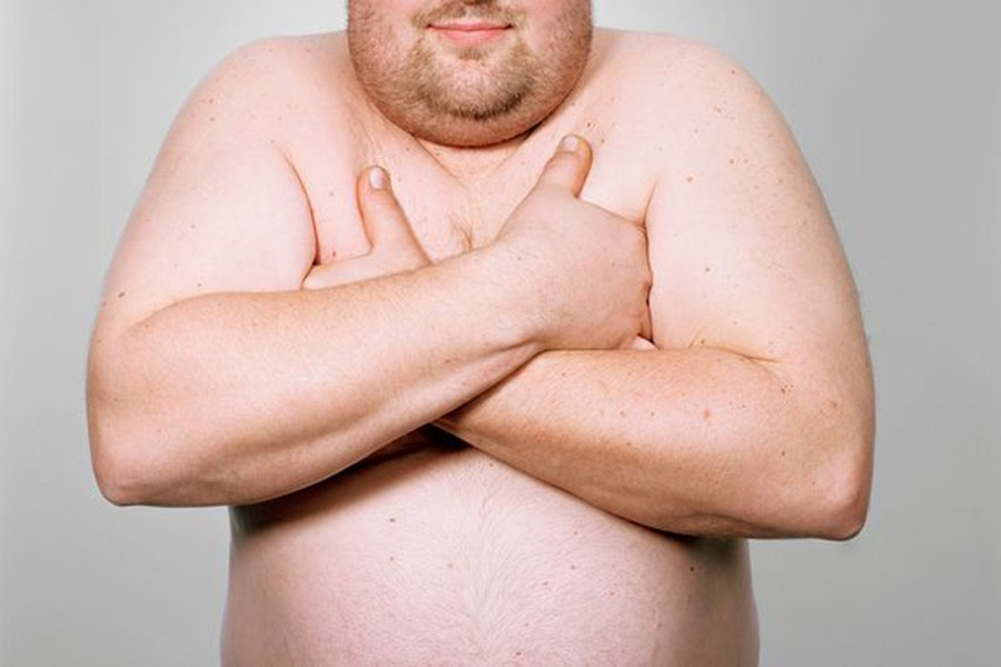 даже маникюр смотреть фото толстых парней девчонка снимает лифчик