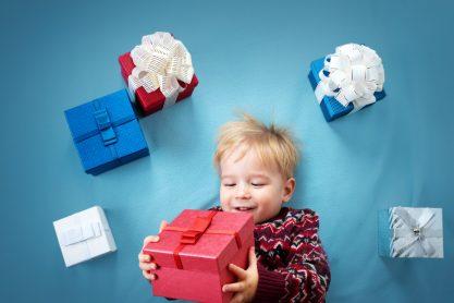 Изображение - Короткое поздравление для мальчика с днем рождения shutterstock_532598638-417x278