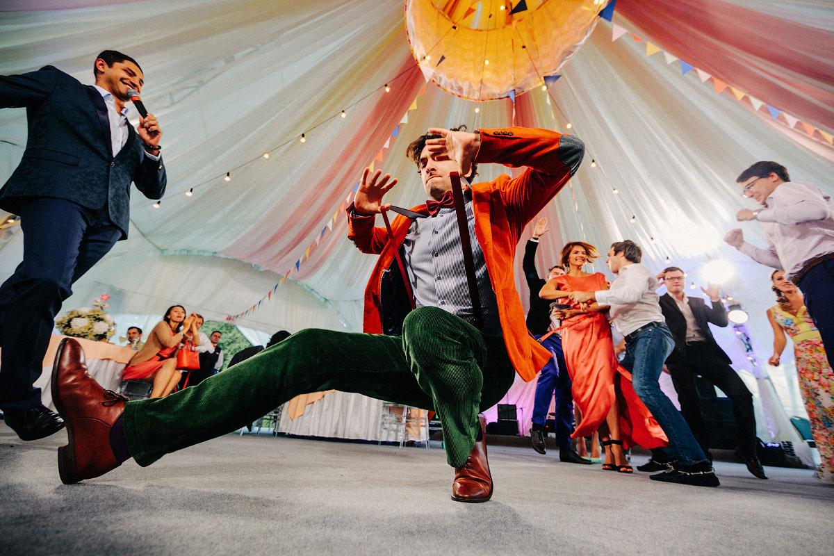 Картинки смешно танцующих людей