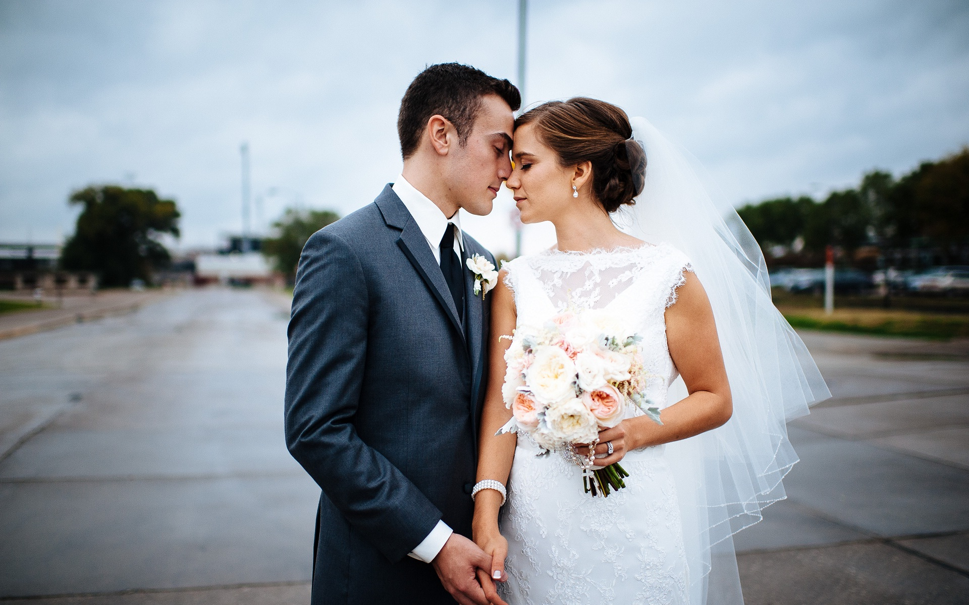картинки он и она в свадебном платье компенсируется смелость