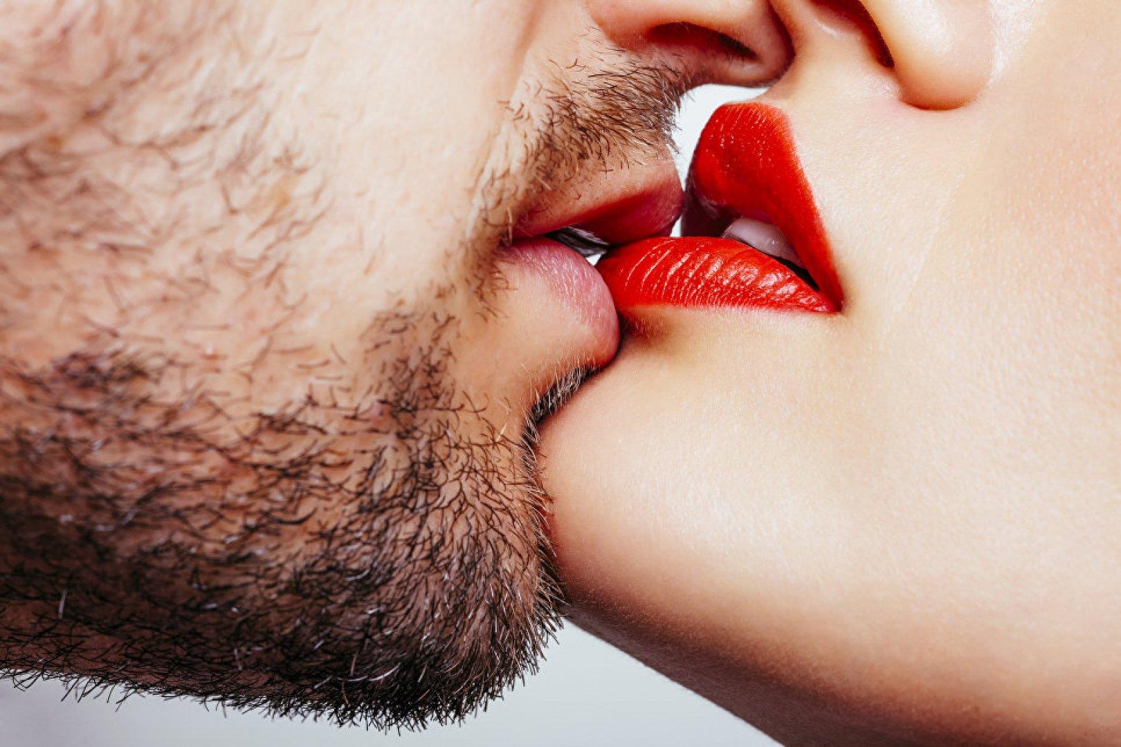 Deep french kiss, sex korea girl