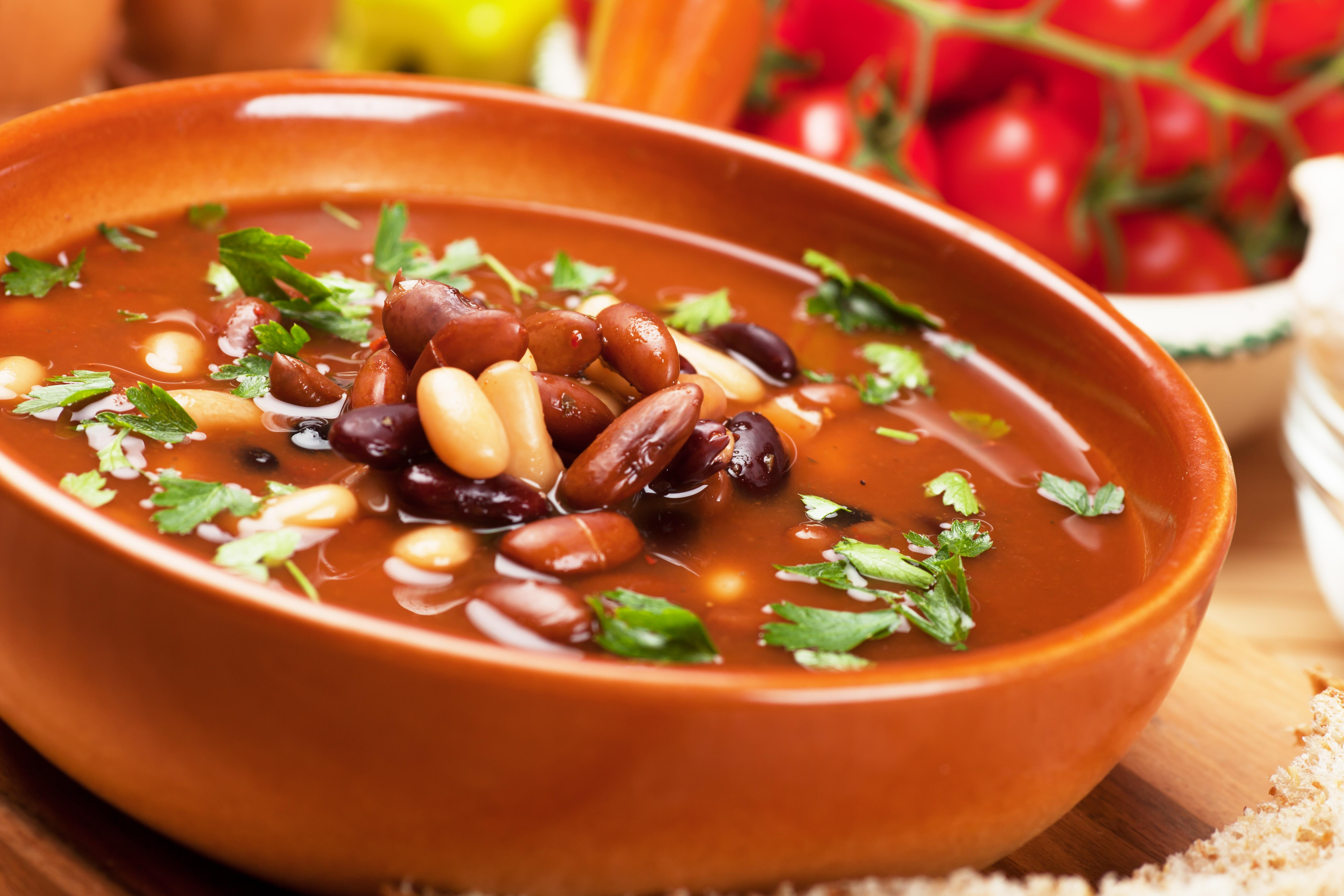 Фасолевый суп с мясом ♨