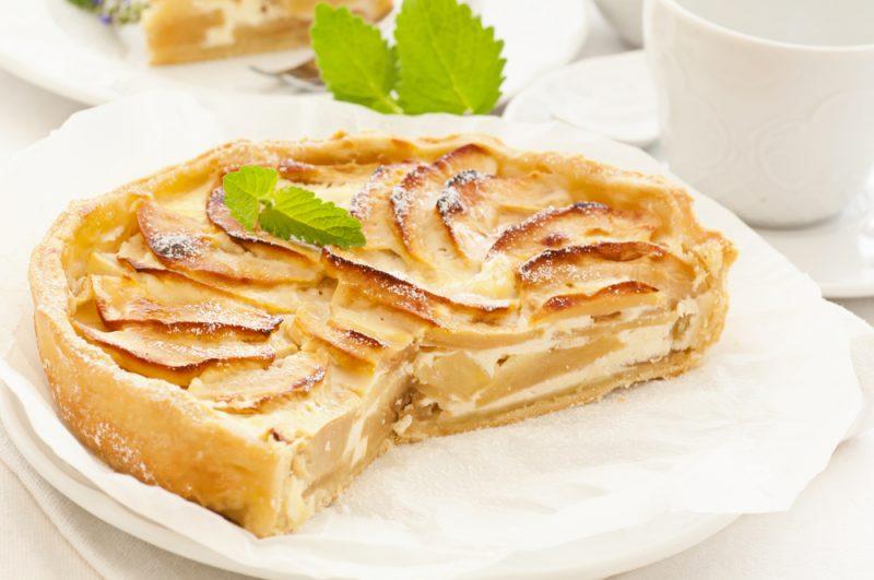 Творожная запеканка – 14 рецептов, как приготовить пышную и вкусную запеканку в духовке, в мультиварке или в микроволновке