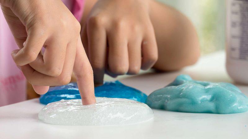 Как сделать лизуна из муки − 5 способов изготовления игрушки в домашних условиях